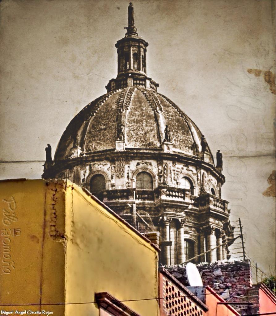 San Miguel de Allende. Copyright 2010 Miguel Omaña.