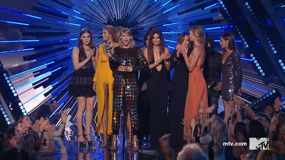 RT @mashable: Taylor Swift and her squad took home the VMA for Video of the Year: http://t.co/sWrIxZgg4X http://t.co/XUZInZFEzl