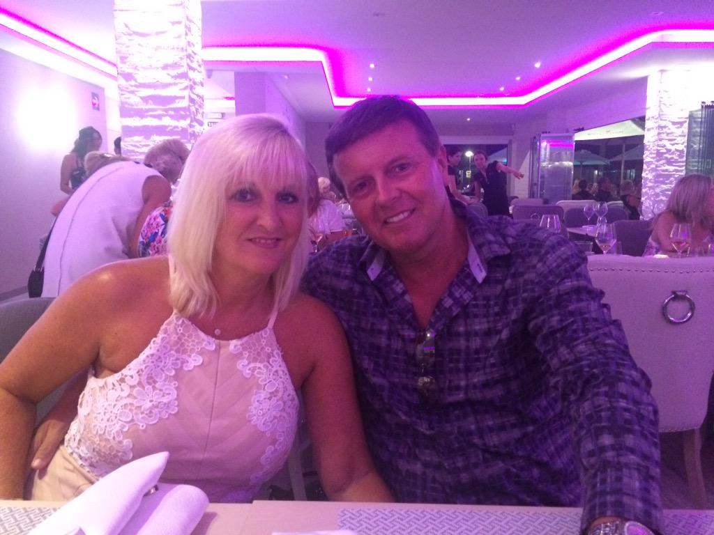 Fantastic night at @oliviaslacala @elliottwright_ great food & staff, brilliant atmosphere. Highly recommend a visit