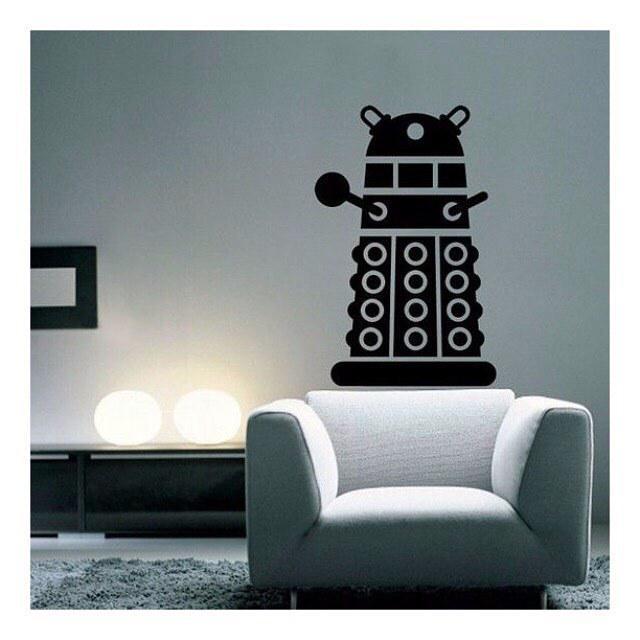 Is the living room of a geek? #technology #geek #home #decoration #robot #gadgets #white #light #interior #design b…