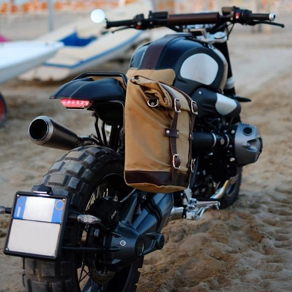 Chazster on twitter sacoche unit garage pour bmw rninet for Garage pour bmw