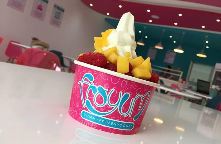 RT @dmuleicester: Have you been to DMU graduate Tasneem's Frozen Yoghurt shop yet? It's delicious! http://t.co/UDxPYR48fw http://t.co/QFjiV…
