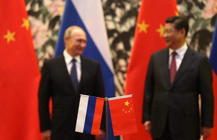 Around 30 bilateral documents will be signed during Putin's visit to China — official http://t.co/gxD1yyYHaK #SPIEF http://t.co/Jtg9vlarjF
