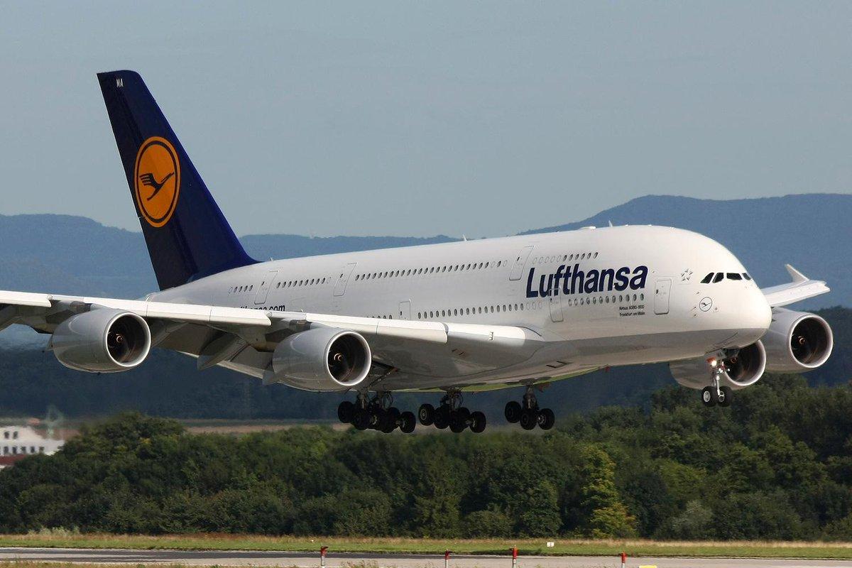 Viaggiare in Aereo: Stangata sui biglietti Lufthansa con 16 euro in più se si comprano dai tour operator