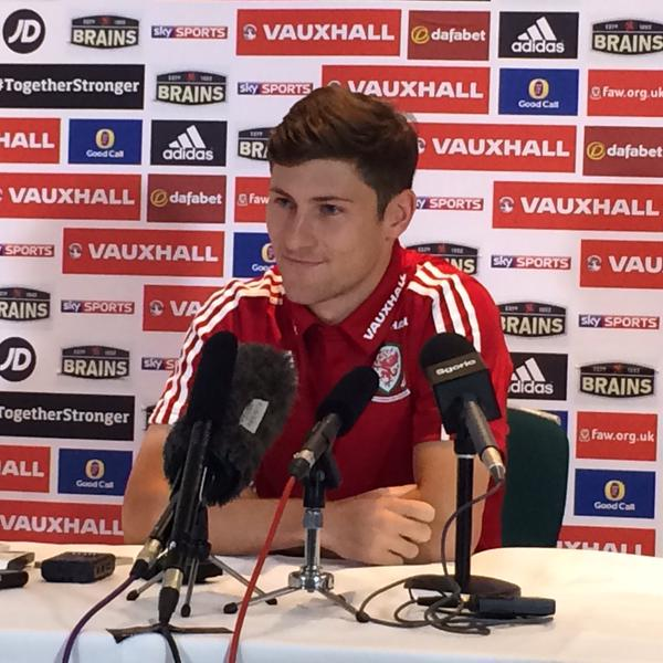 RT @Ben_Davies33: Good day taking about the upcoming Euro Qualifiers for @FAWales at the #EURO2016 press conference. http://t.co/XtSKVUyRXA