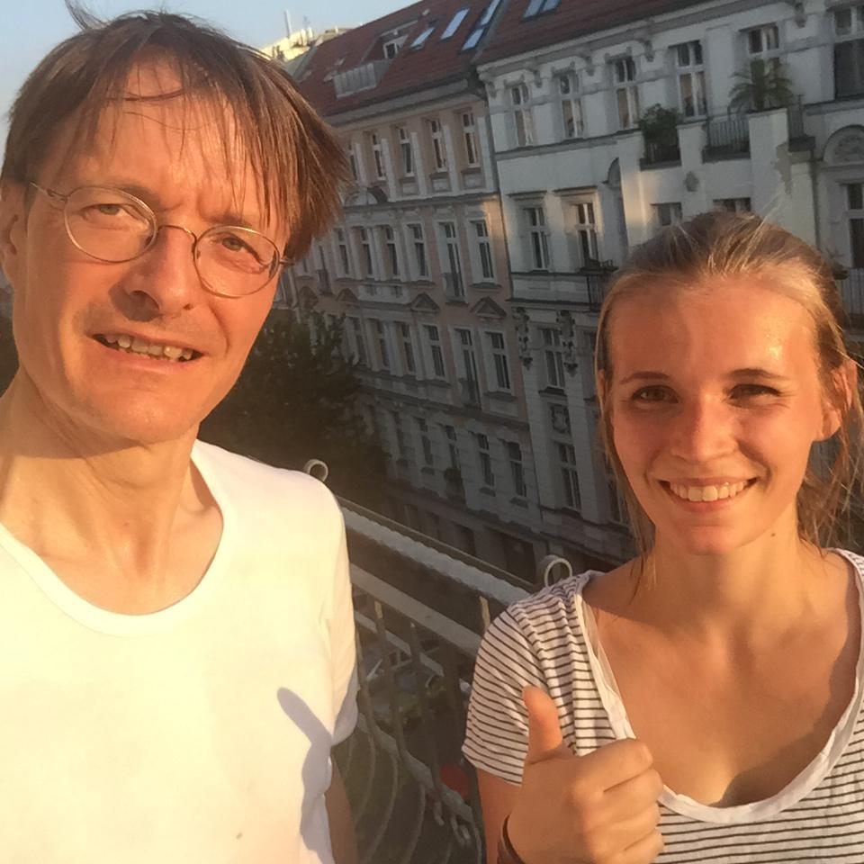 Karl Lauterbach On Twitter Nach Lauf Mit Tochter Sie Ist Frisch Ich Bin Am Ende Http T Co X5fhu9l3lk
