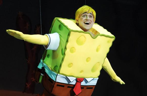 スポンジ・ボブのステージ・ミュージカル…?? http://t.co/JkJhuL4H4M