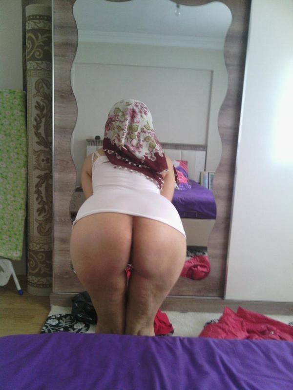 Uyuyan kız kadın güzellerin gizli çekilmiş amatör porno