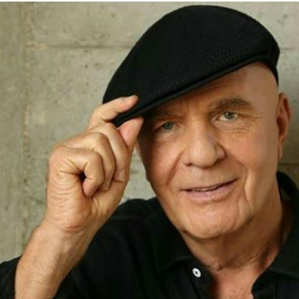 dr wayne dyer When dr wayne dyer passed away on late august 29 or early august 30, the news of his death spread like wildfire on social media however, most of the major news coverage went to the death of.