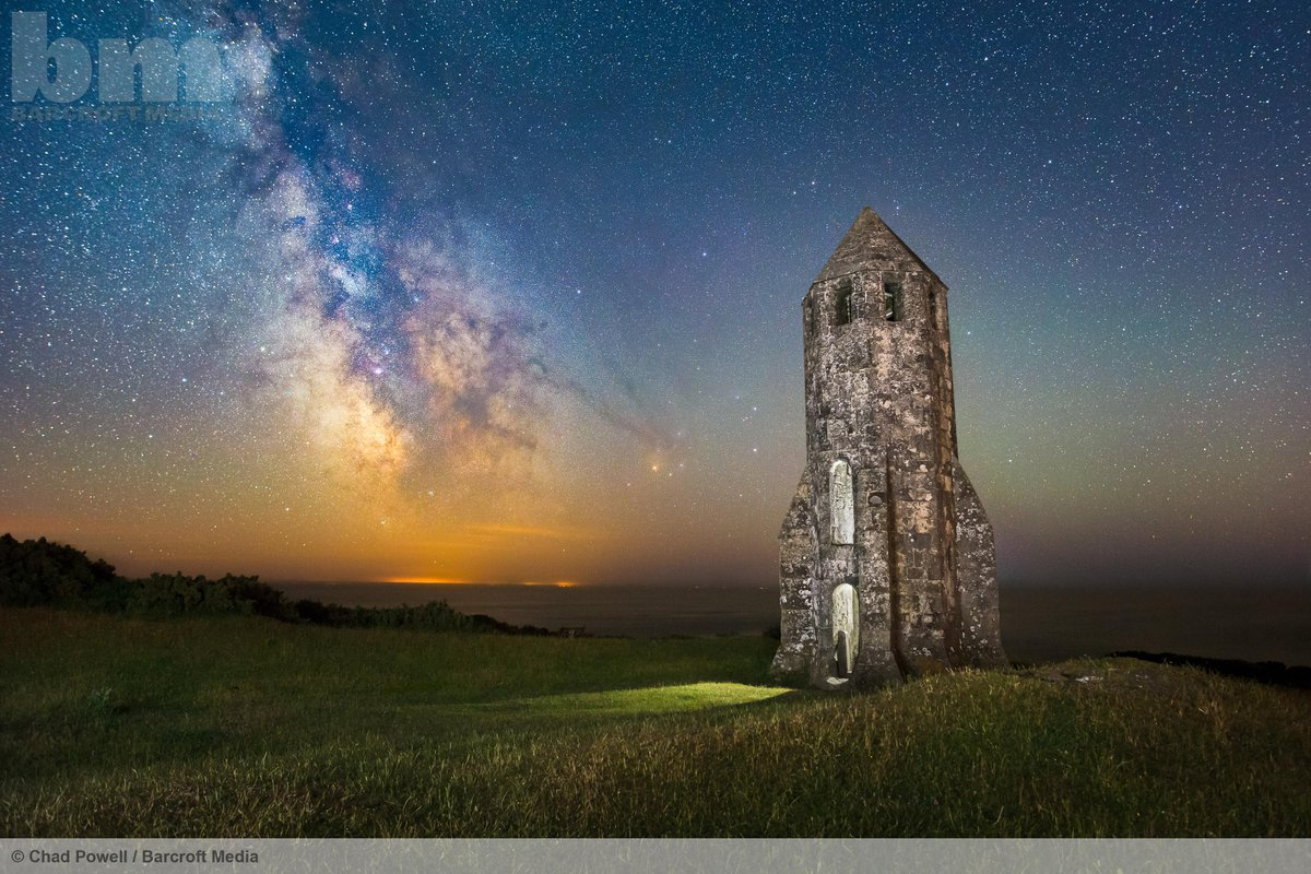 The Milky Way dazzles above a medieval lighthouse on the Isle Of Wight.  ©Chad Powell/Barcroft Media http://t.co/pSUoYwUXyK