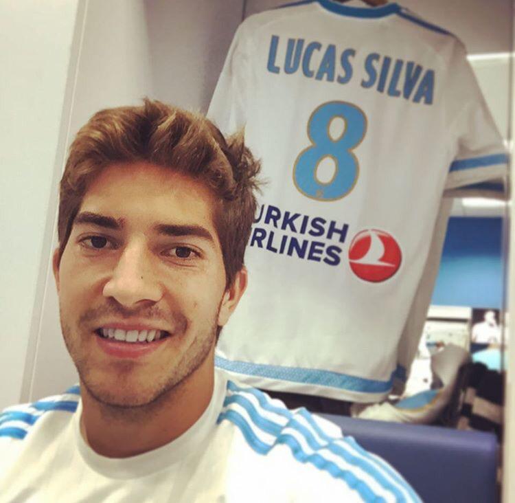 """Lucas Silva: Lucas Silva On Twitter: """"Je Suis Très Heureux De Mes"""
