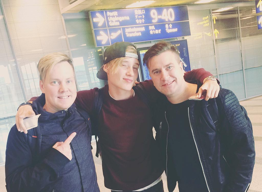 Home sweet home! Excited to hear your new music @IsacElliot  and thanks to @Finnair for the smooth ride #happydays http://t.co/tcPZ5rVlO4