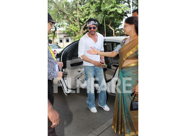 Новый фильм Рохита Шетти и Шах Рукха Кхана - Dilwale )) - Страница 4 CO2FqG0U8AAl5nb