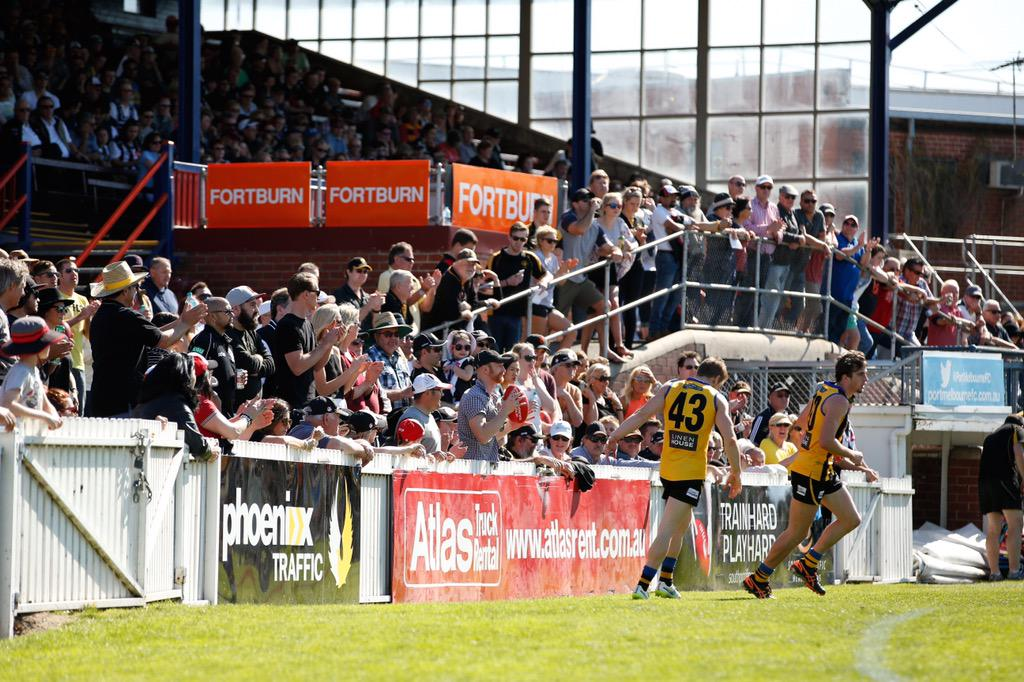 SPREAD THE WORD: No @AFL in Melbourne Sat. or Sun. so watch next best thing at North Port Oval - @VFL prelim finals http://t.co/fozaIS8yR9