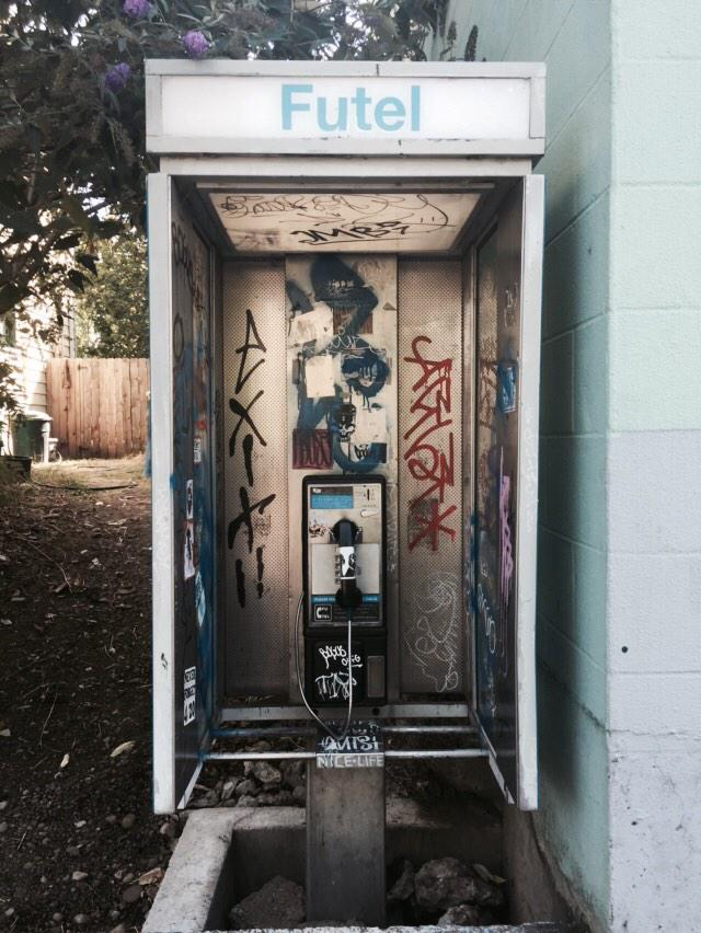 @futelco phones in Portland are Free - thanks for the free calls! @2600 http://t.co/5eCECRCms8