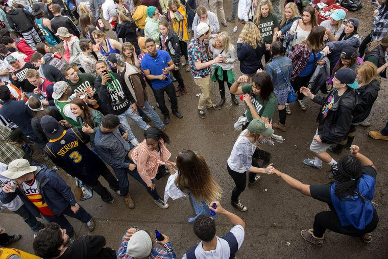 NEW: Ohio University named @Playboy's top party school for 2015 http://t.co/aOLyjHBw8c http://t.co/y7VF6EMhAn