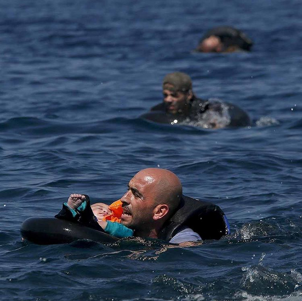 No father in the world should go through this. Help #SyrianRefugees http://t.co/tH3jroZvIF