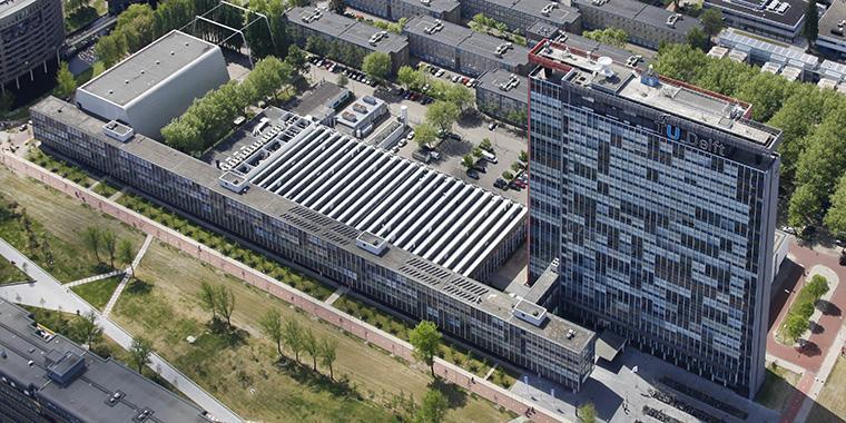 """""""@InnoQuarter: De TU Delft stijgt op wereldwijde ranglijst universiteiten http://t.co/dsiNjIr1nj via @NUnl #NLtech http://t.co/1Br0Yg1o8X"""""""