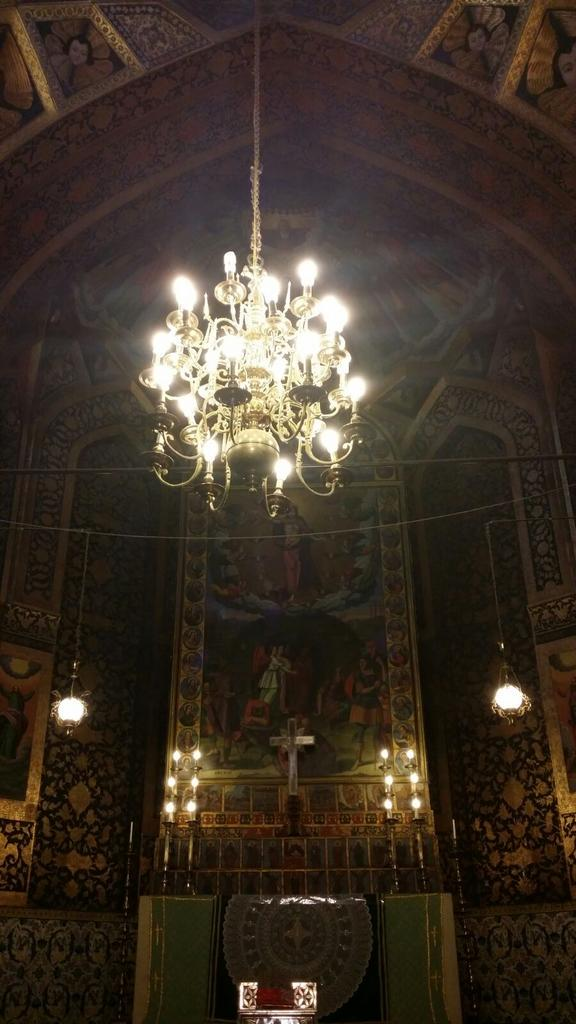 La cattedrale armena di Vank. @IsottaIsottaDai #disPersia #MustSeeIran http://t.co/8eyeG0Myt6 http://t.co/aOs0VLDrcY