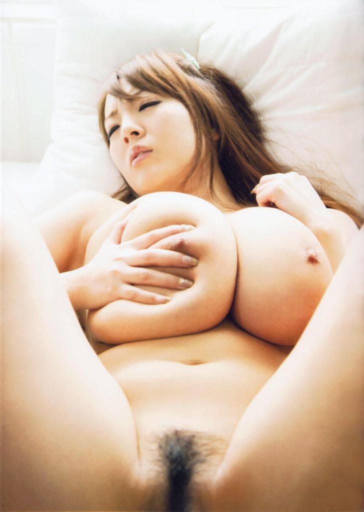 Pussy Hitomi tanaka spread