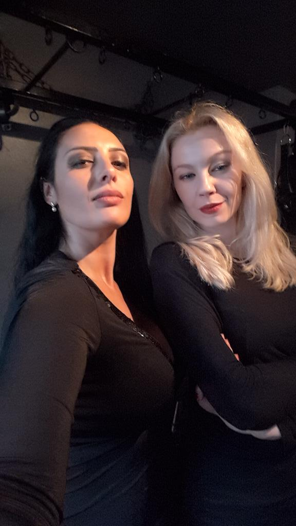 ezada sinn on twitter look who 39 s with me now tea with mistress lilse von hitte. Black Bedroom Furniture Sets. Home Design Ideas