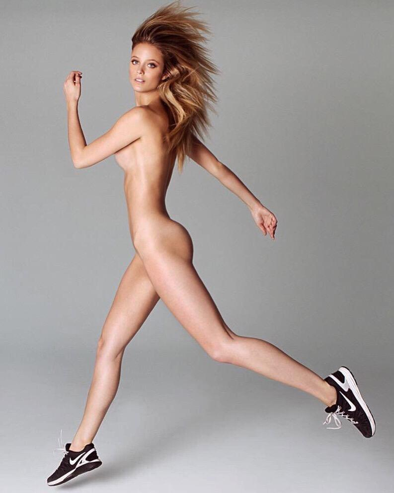 Nude Female Running 71