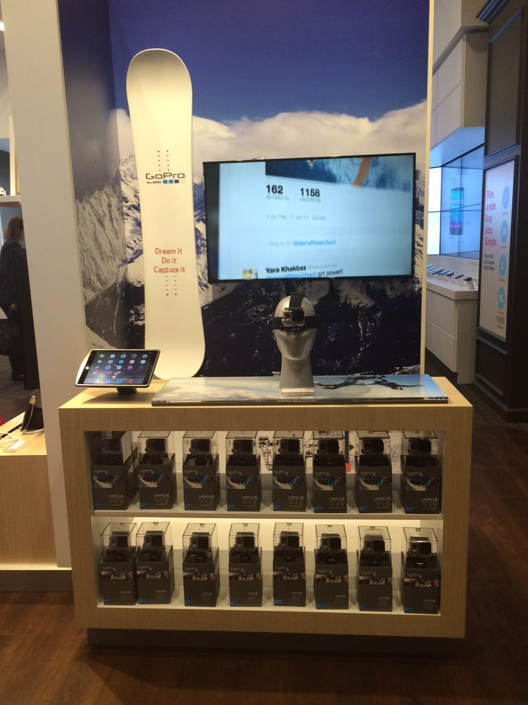 Jessica Bishop On Twitter Learning All About The GoPro At Verizon Smart Store In NYC Great Wedding Gift Idea VZWBuzz Tco EmeTNEOQSq