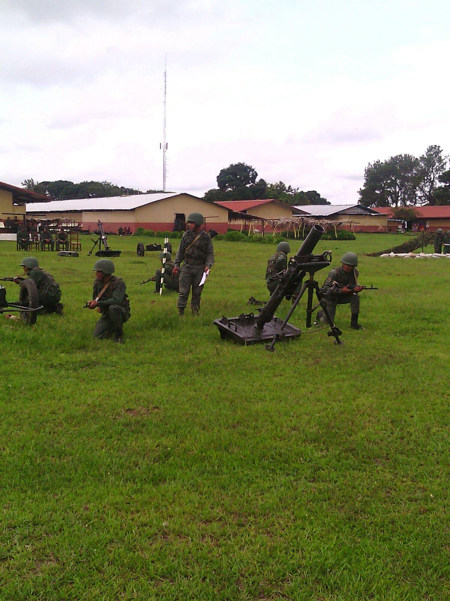 Armed Forces of Venezuela Photos - Page 2 CO9sQfVWUAEuPY2