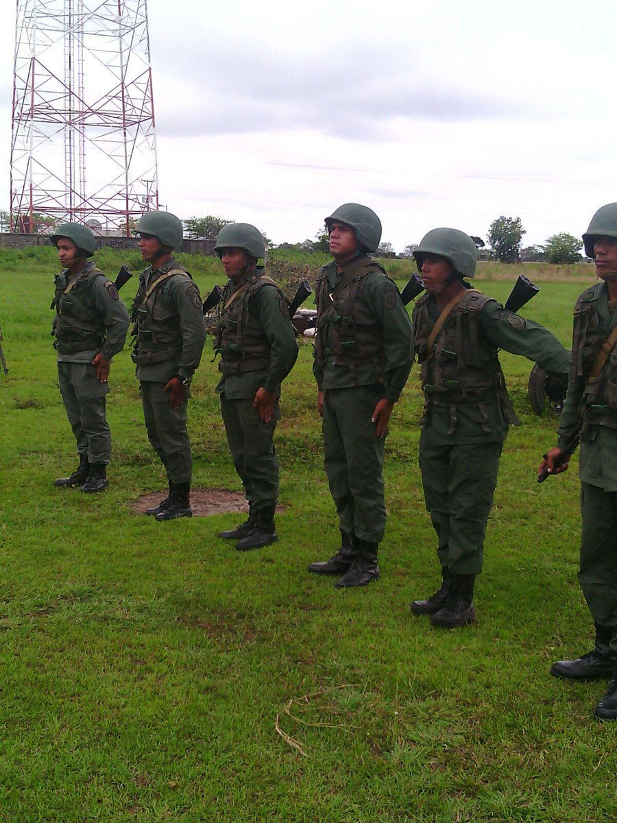 Armed Forces of Venezuela Photos - Page 2 CO9sQunWcAARuZW