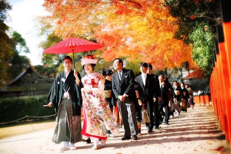 Put a ring on it - Japanese style!  Here are some facts about traditional #JapaneseWeddings: http://t.co/jwxMAM5Il4 http://t.co/G5irhg0Uaz