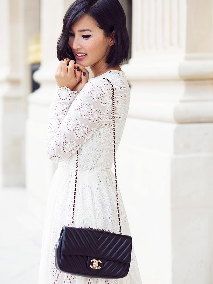 Your guide to buying a Chanel bag: http://t.co/6uy3jSsEGJ cc: @fashionphile http://t.co/sWBTtqsqsi