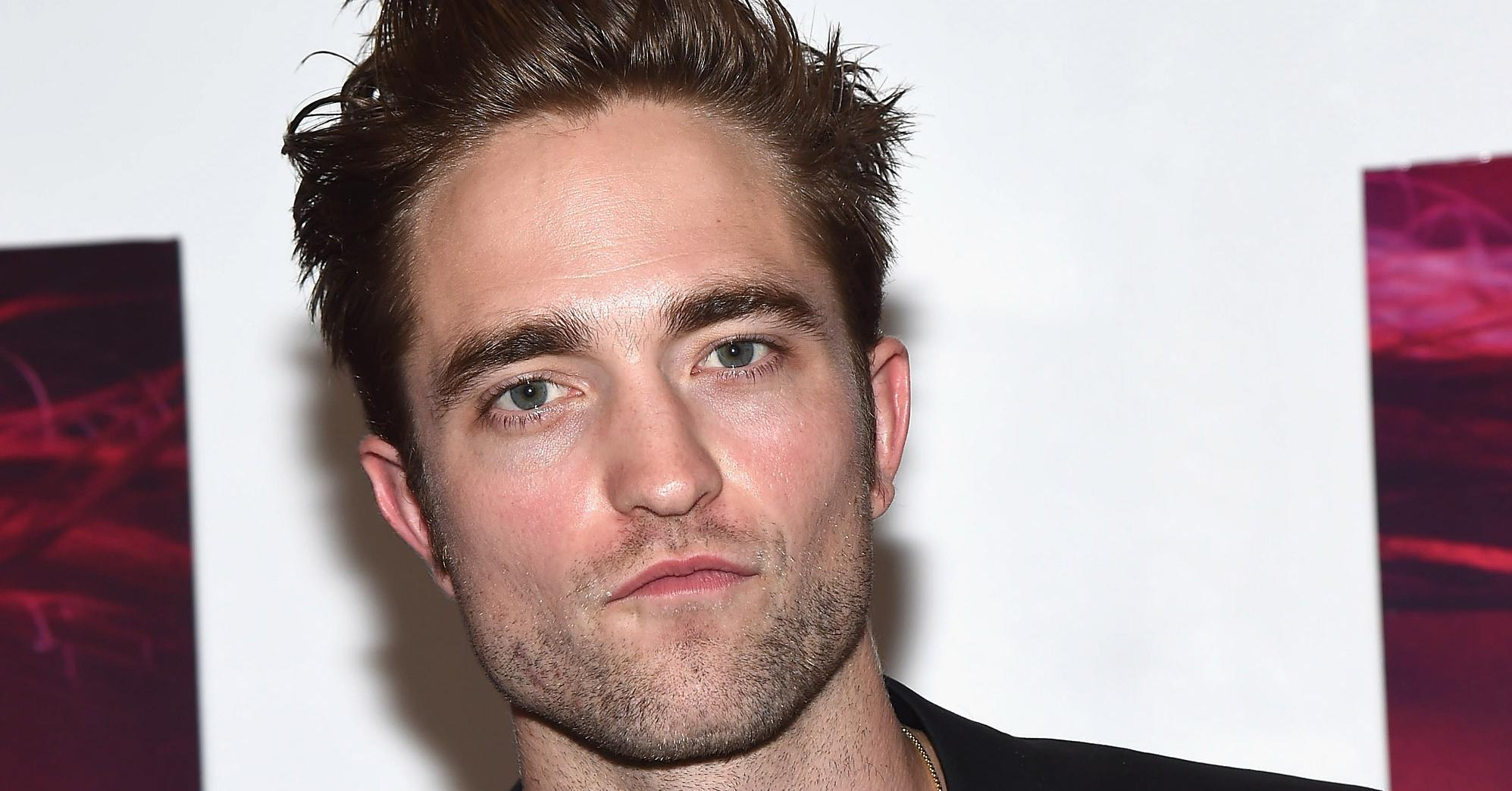 Newly Engaged Robert Pattinson Ignores Pinterest, Crashes Weddings For Inspiration: http://t.co/7koviVT35b http://t.co/muenEJR9Ql