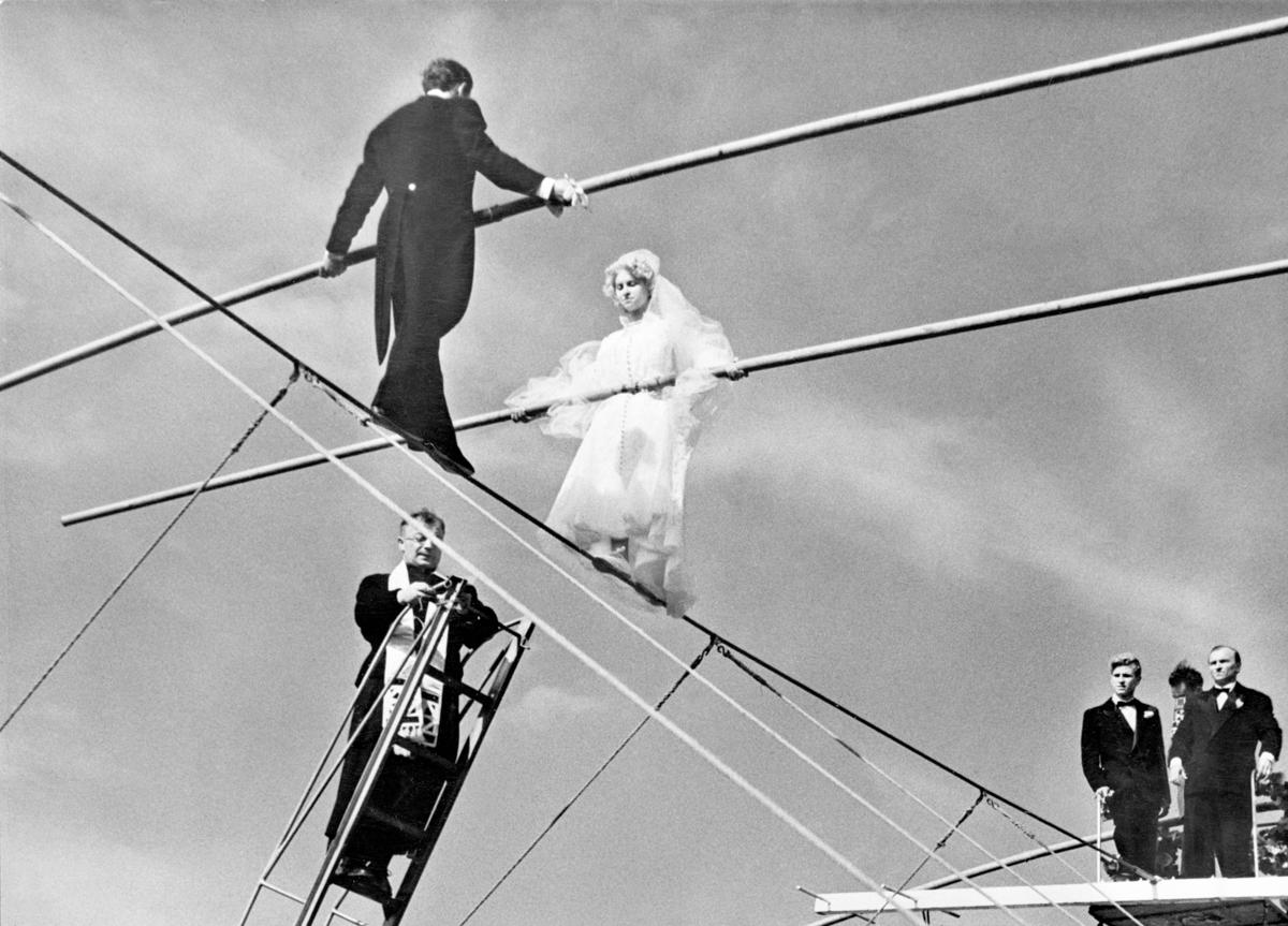 RT @mashable: Tightrope weddings of the 1950s: http://t.co/5xC1YsMxA2 http://t.co/xHQWqHKdLm