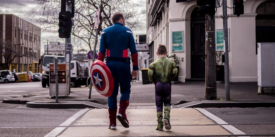 He's a superhero in our eyes. #HappyFathersDay to all you amazing dads, thank you for all you do for us! http://t.co/UBbr4i7crT