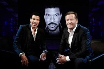 TONIGHT: Cancel all engagements & enjoy one of my favourite ever Life Stories shows: @LionelRichie ITV 9pm. #Legend http://t.co/k59Z5PeCNZ