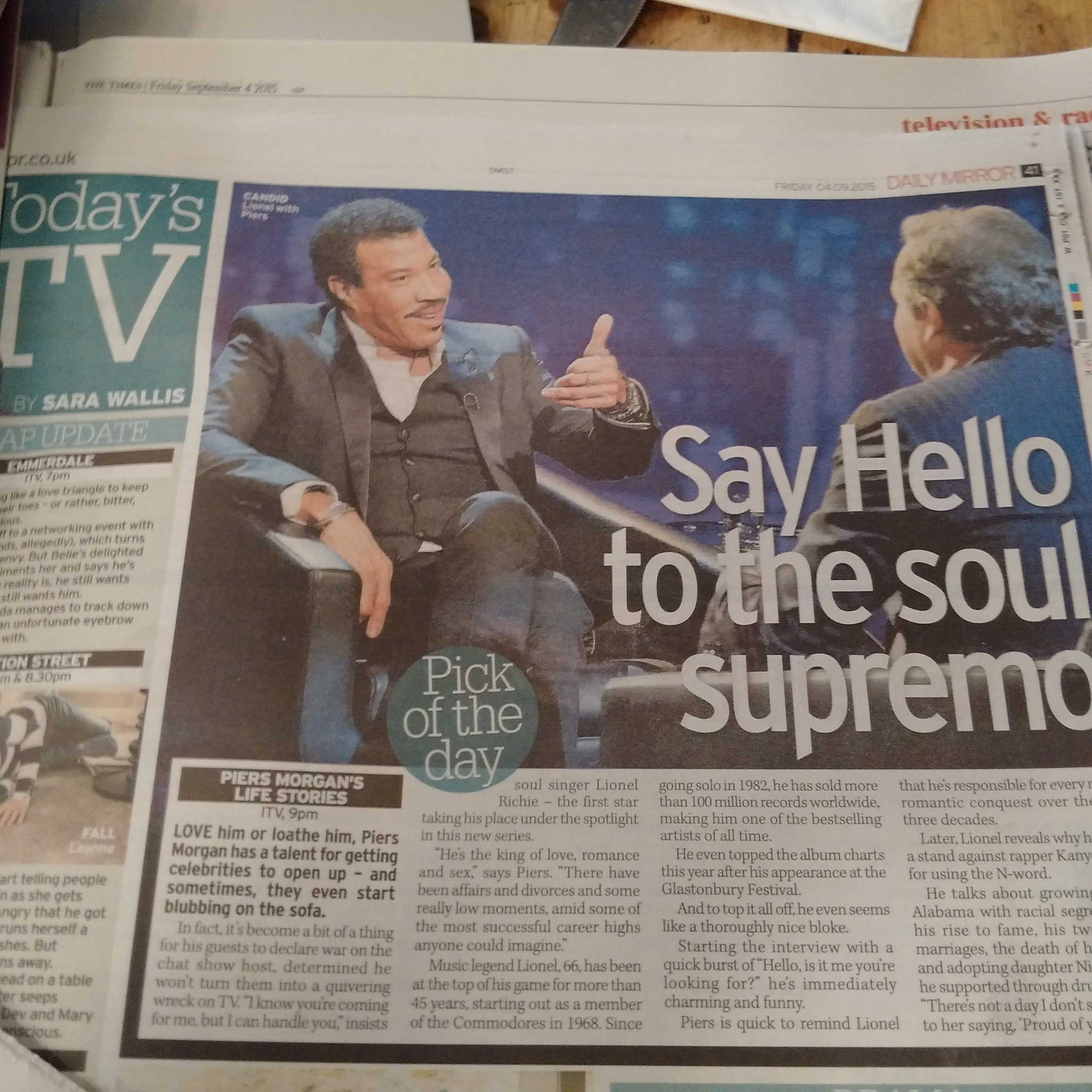 PICK OF THE DAY - @dailymirror #Lionel #LifeStories ITV 9pm http://t.co/KY89fY0yDa