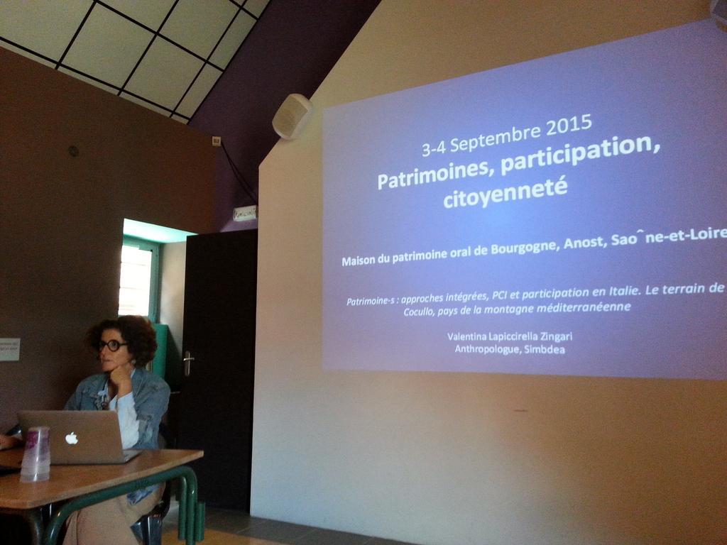 Valentina Lapiccirella (Anthropologue). PCI eta participation en Italie. #rencontresPCIanost http://t.co/FTPaobrGmH