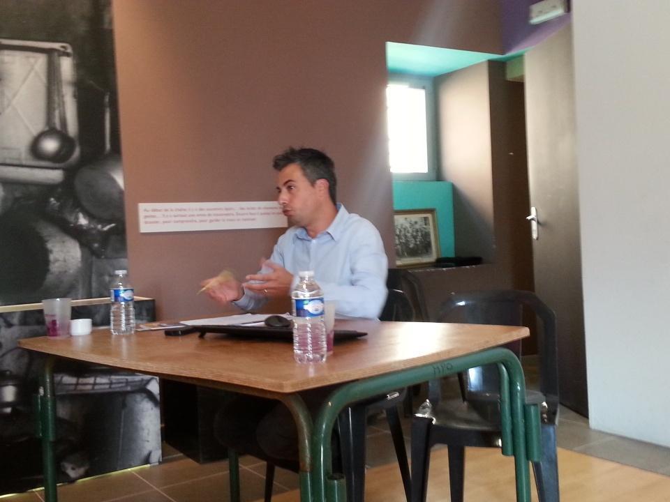 Benjamin Assié, directeur du @CIRDOC  #rencontresPCIanost http://t.co/Q8pjgH2vXu