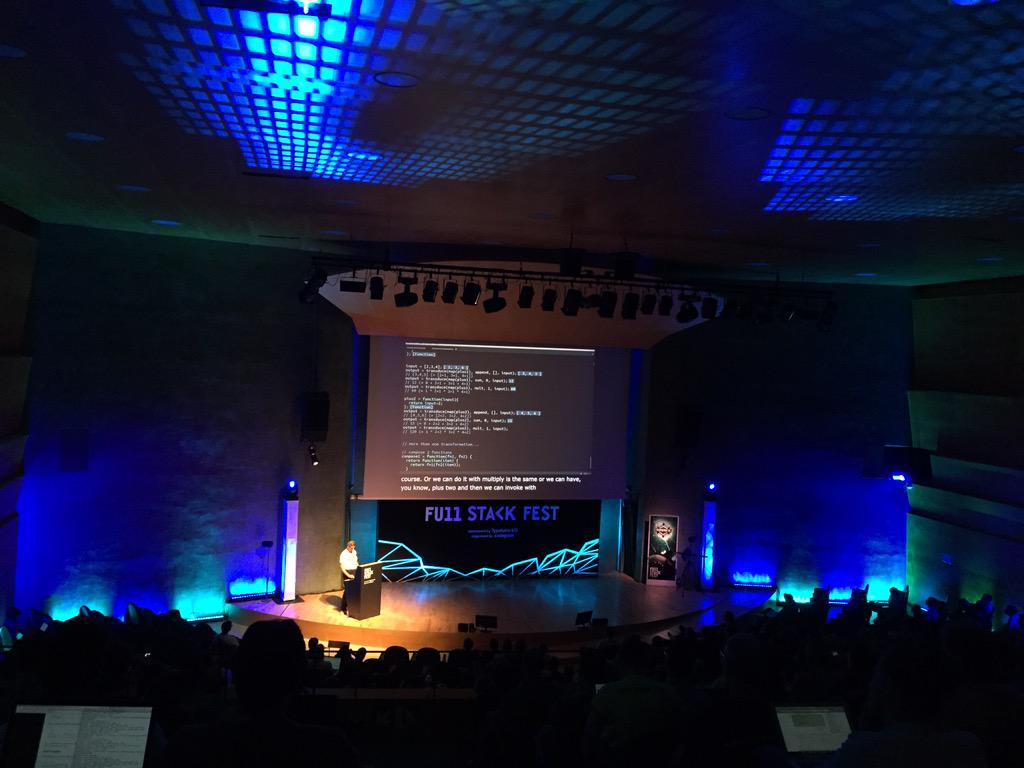 The live captions at @FullStackFest are amazing. Fantastic idea. http://t.co/jv3ath9Kmc