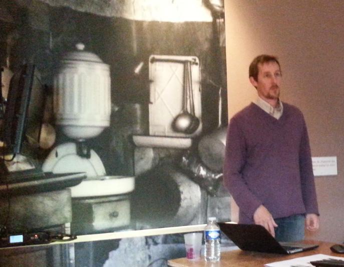 Mikaël O'Sullivan, directeur de la Maison du Patrimoine Oral de la Bourgogne. #rencontresPCIanost http://t.co/jjXYFOiLTg