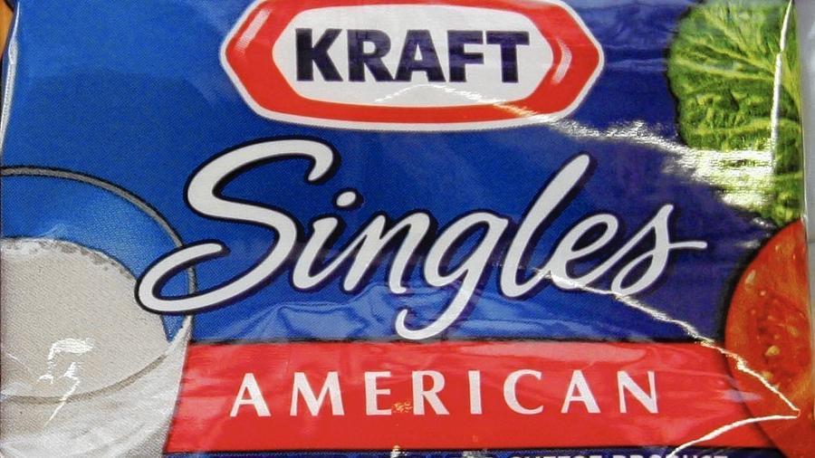 """Italiani all'estero: attenzione alla plastica del formaggio """"Singles"""" della Kraft in Stati Uniti, Porto Rico e Cayman"""