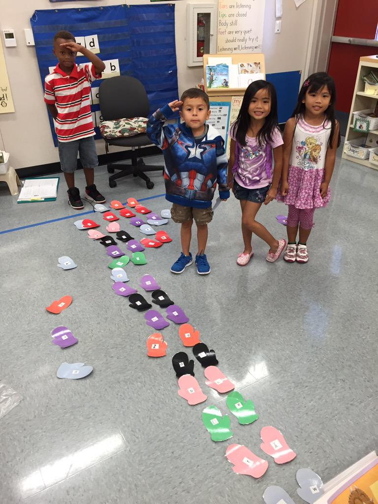 Practicing beginning sounds! #camlearns http://t.co/Iw3vJDK0bL