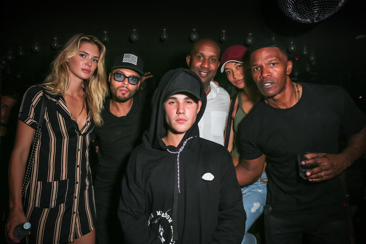 #Squad at @uadnyc for Travis Scott's Rodeo Album Release @justinbieber | Gallery: http://t.co/fNDwd7NDS7 http://t.co/2g4EMdCfyy