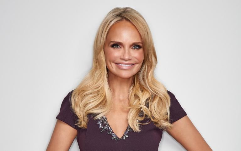 JUST ANNOUNCED: Broadway star @KChenoweth will make her debut with the ISO this November! http://t.co/D97jm7Rg25 http://t.co/9a72sgUKuj