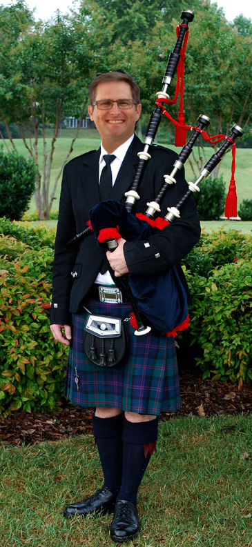 As a bagpiper, I play many gigs. Recently I was asked to play for someone special......... COEjbLsU8AAc_Hc