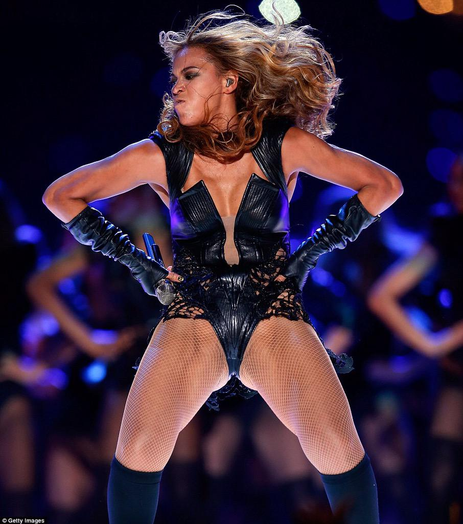 Michelle Obama's Birthday Tweet to Beyonce Includes Extra Message That Rubs a Few Folks the Wrong Way