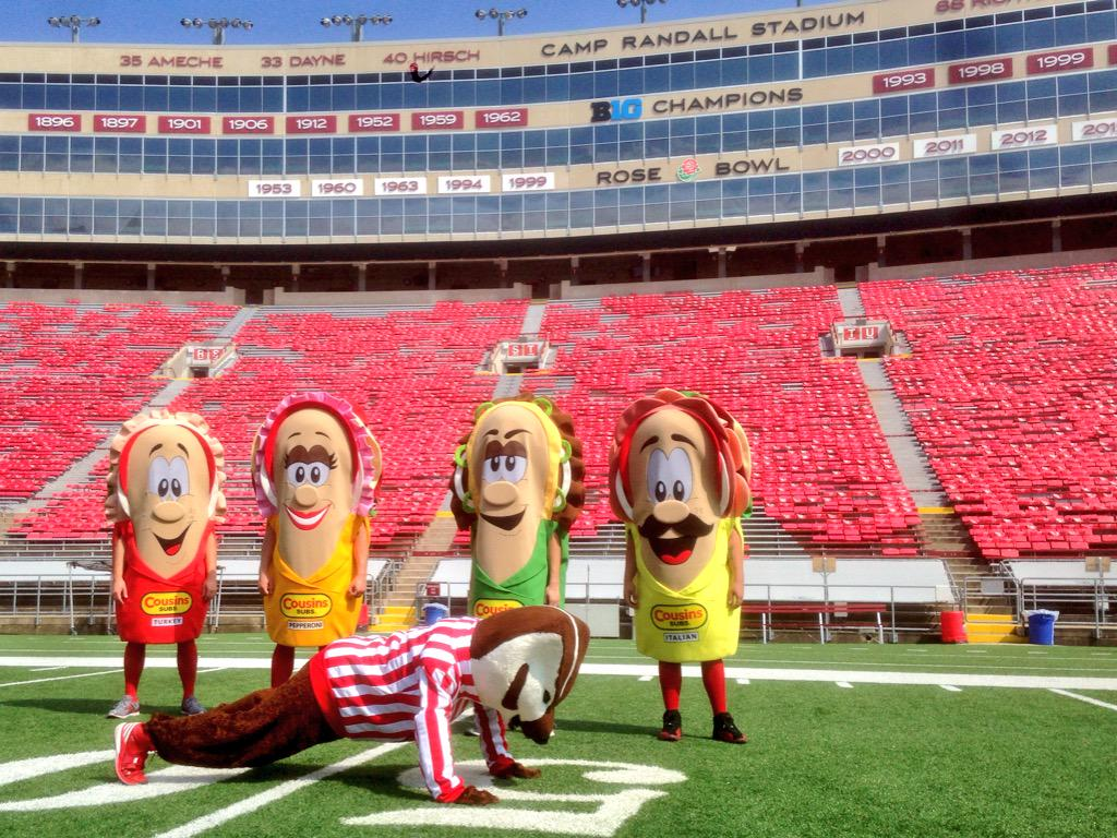 """Wisconsin Badgers on Twitter: """"Bucky showing his friends ..."""