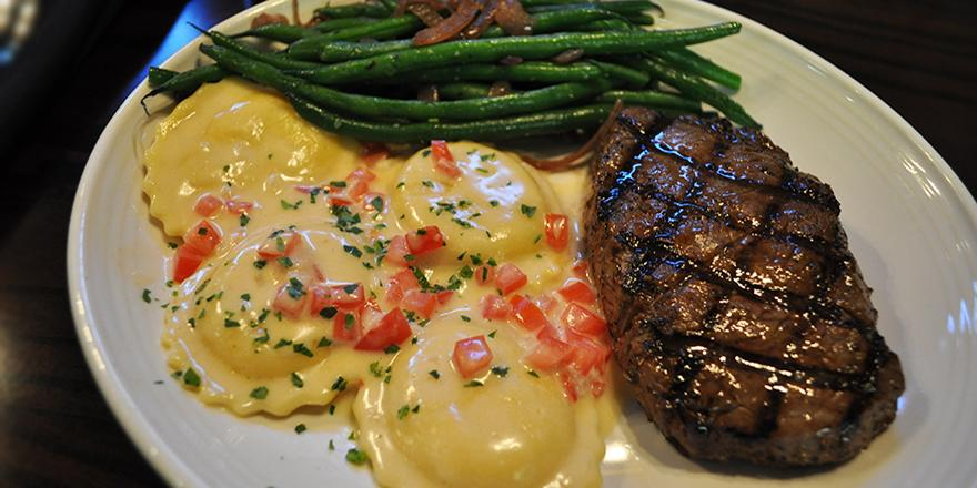 When 2 become 1, it's a beautiful thing. Example: Sirloin & Lobster Ravioli. All for just $13.99 http://t.co/u6RgK4E8W5