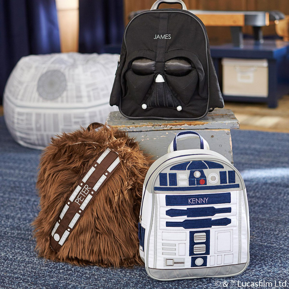 Guess what secret these @StarWars character backpacks are hiding!    http://t.co/SAtXx5APd1 http://t.co/iihscNrRbt
