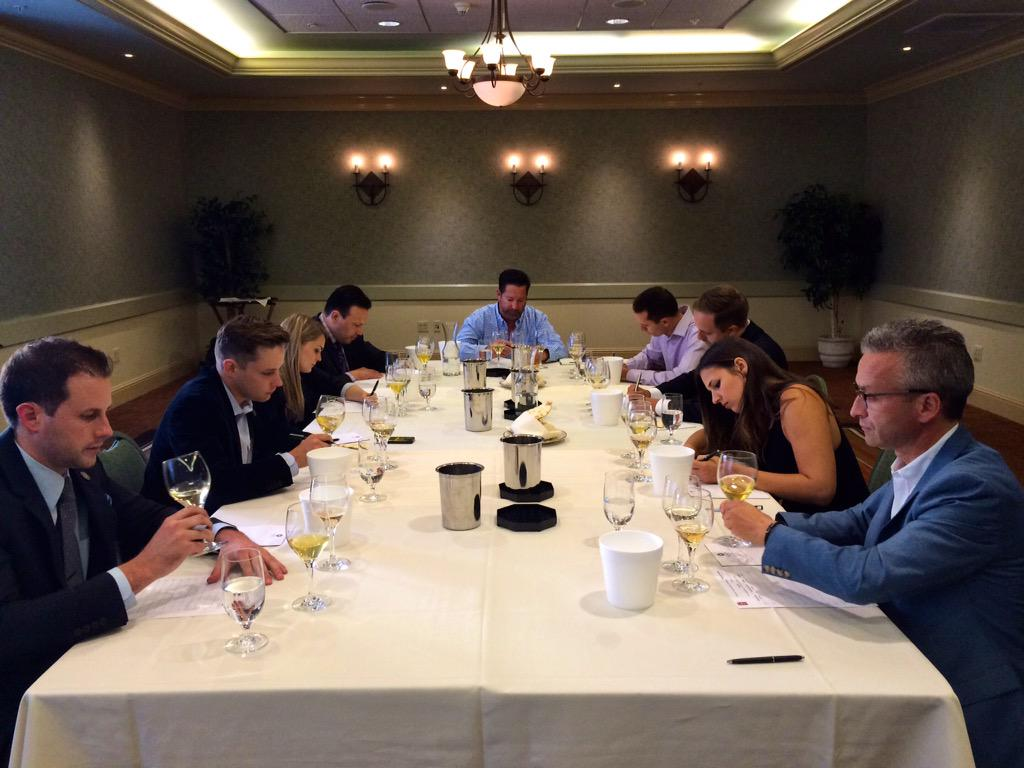 #SommStar challenge blind tasting is under way @SonomaWCW! #SonomaWineCountryWeekend http://t.co/ibOwY7Xo99